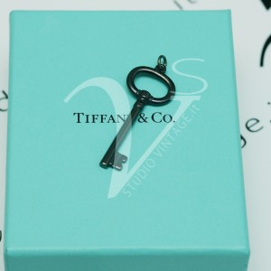 Charm Tiffany Chiave Titanio